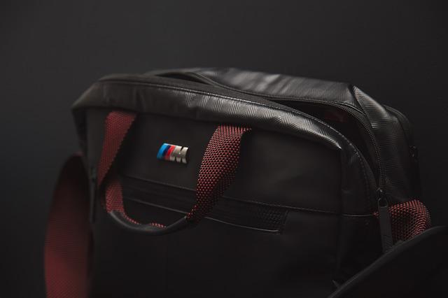 Pánska kožená taška, čierna
