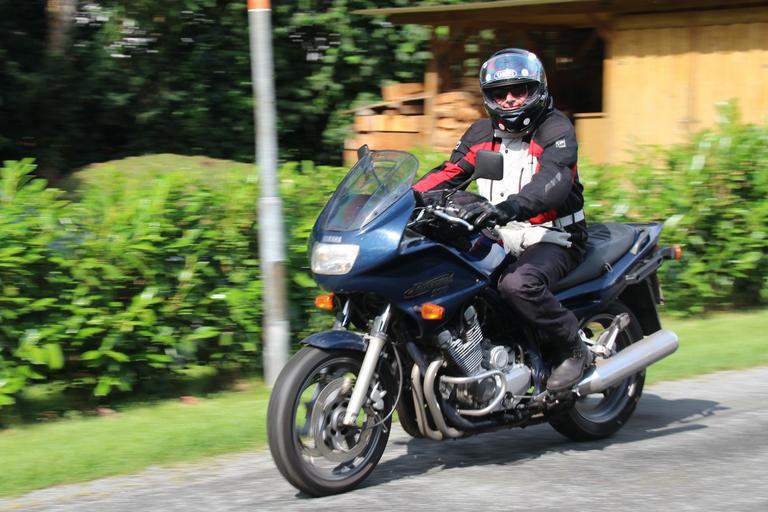 Jazdec na motorke