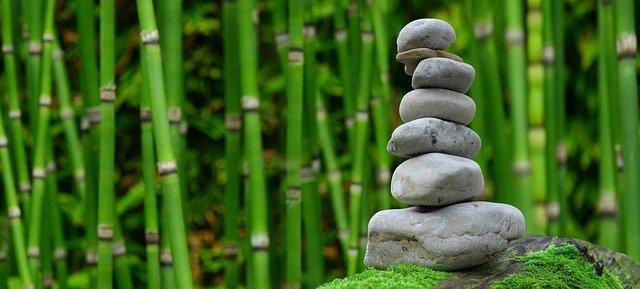 kameny zen.jpg